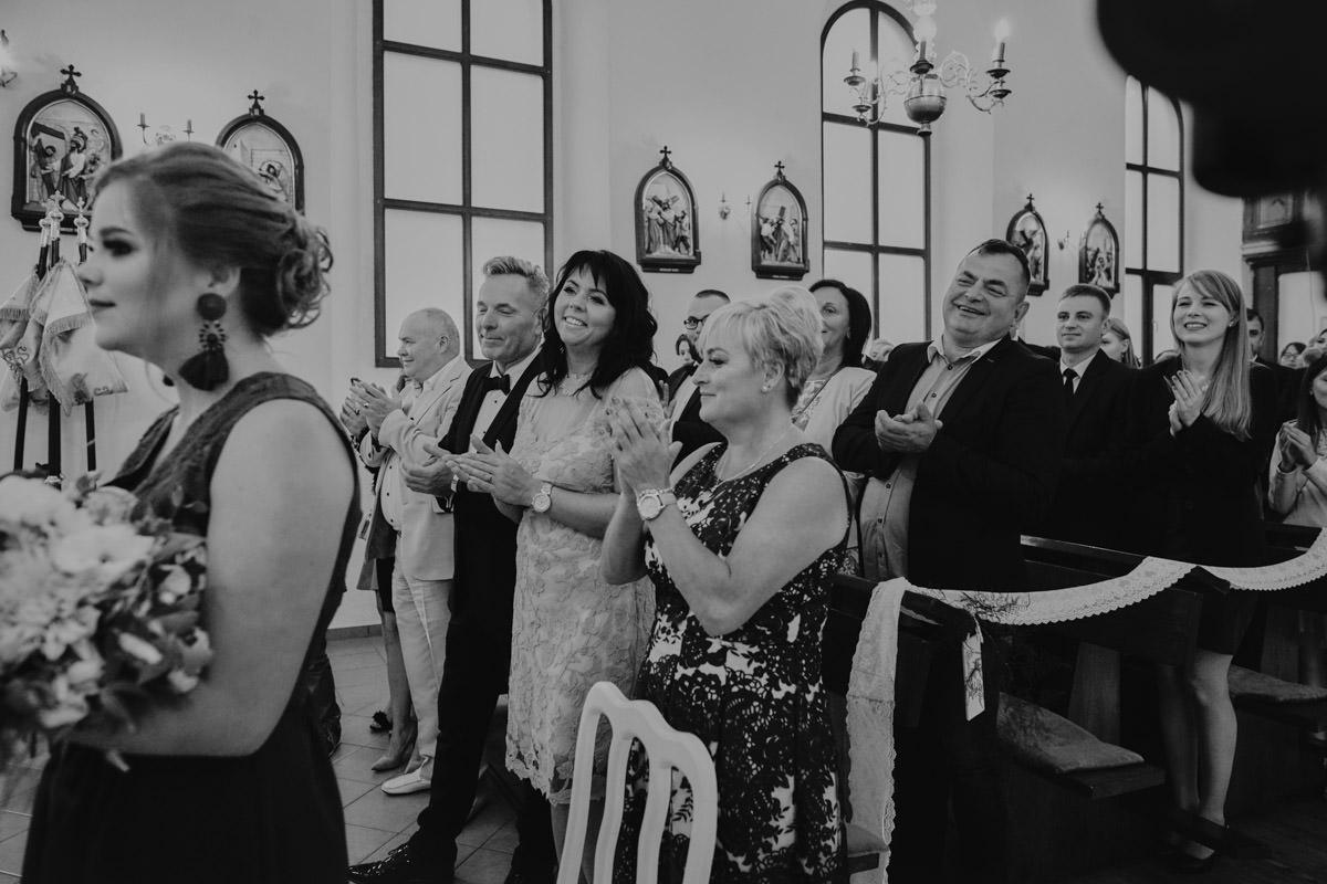 przysięga w kościele