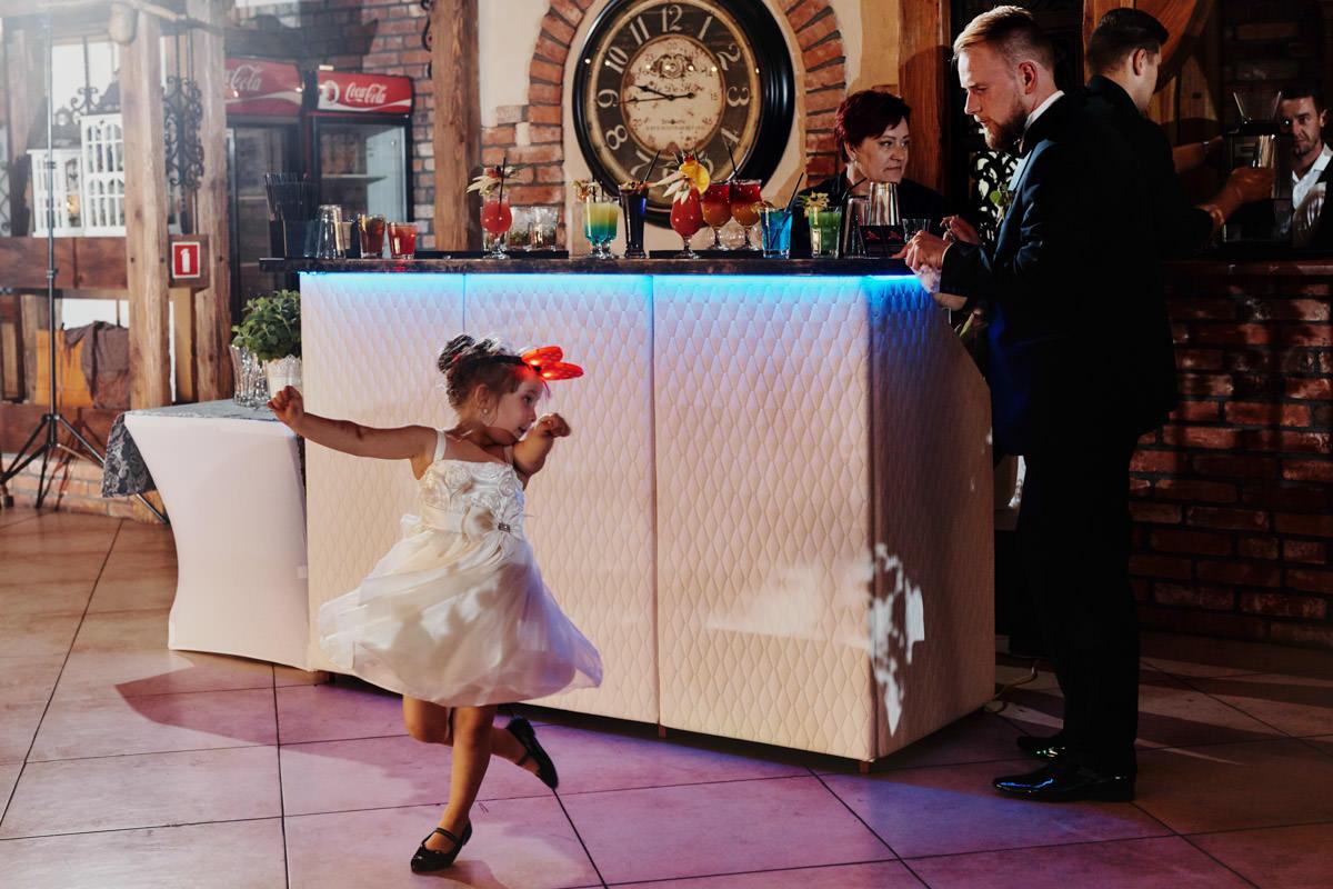 rystykalne wesele w Młynie nad Regą