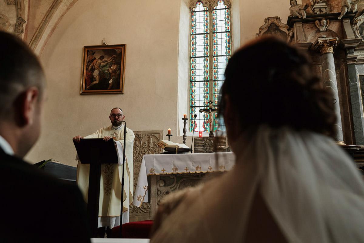ceremonia w kościele w Żurawinie