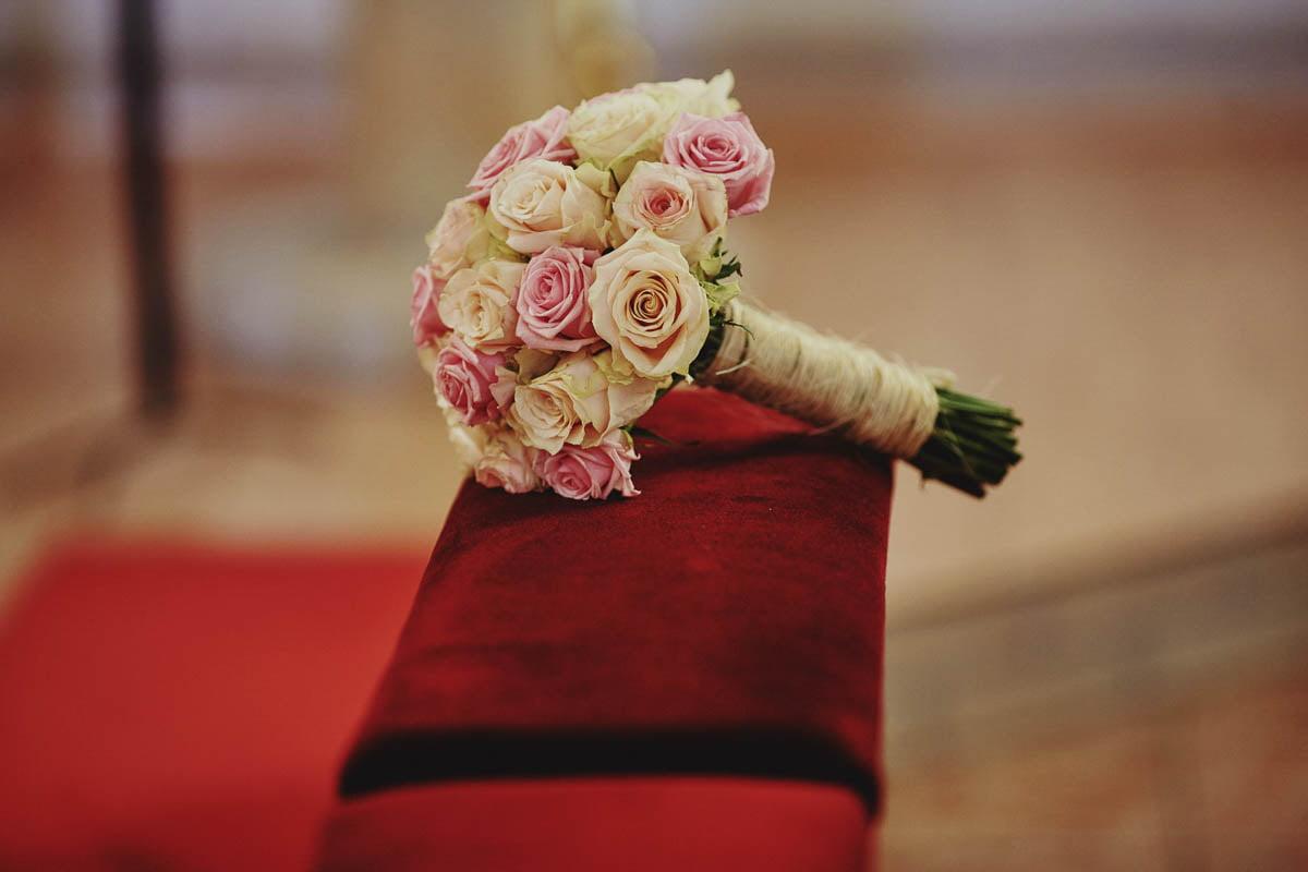 kościoł wisełka - wiązanka ślubna