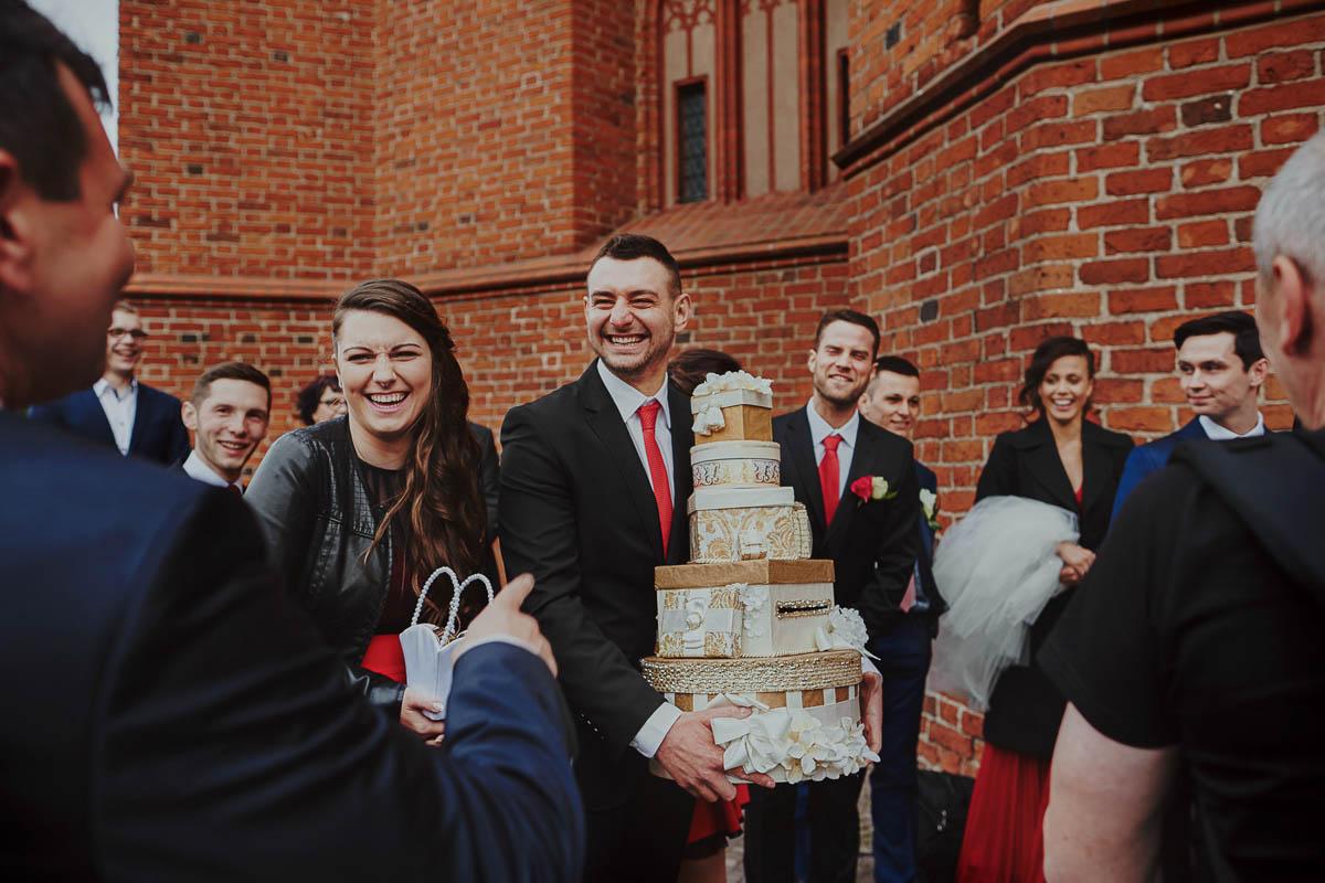 ślub w kościele - prezenty dla młodych - zamek gniew