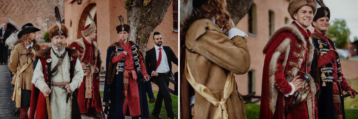 zamek gniew wesele - rycerskie przywitanie
