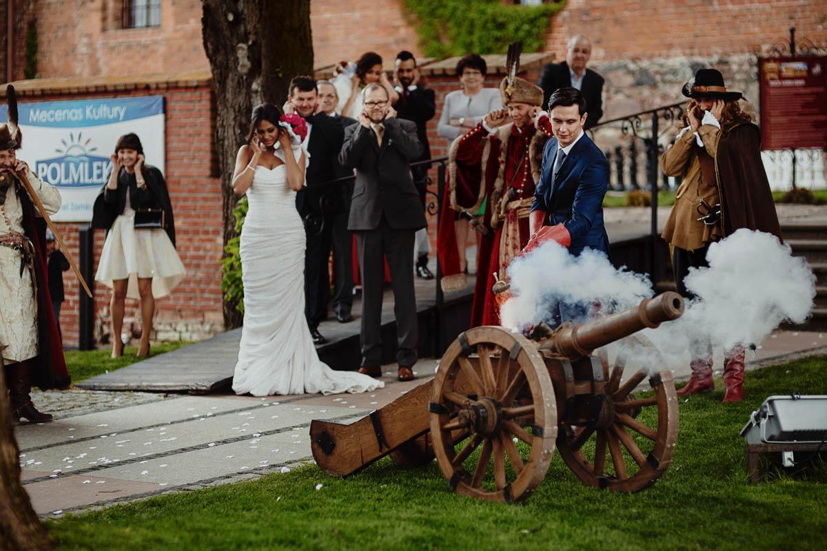 zamek gniew wesele - strzał z armaty