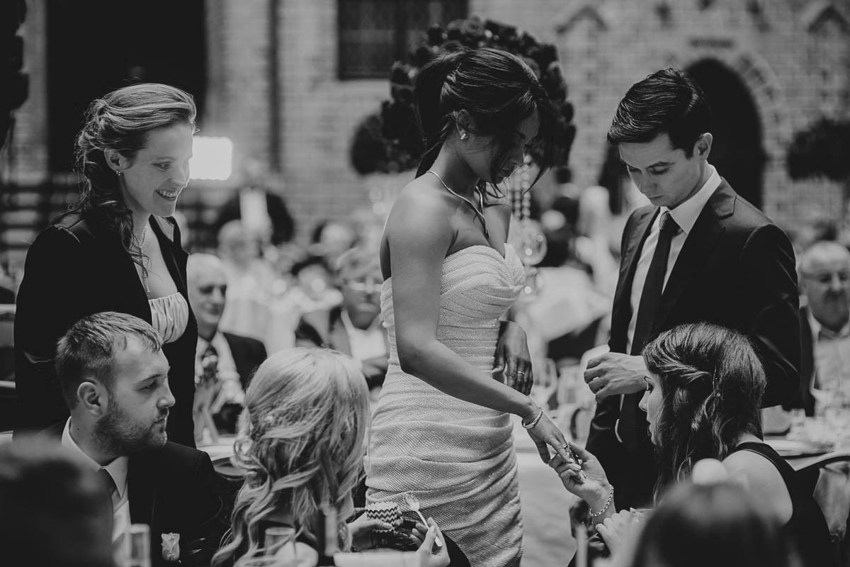 zamek gniew wesele - oglądanie obrączek