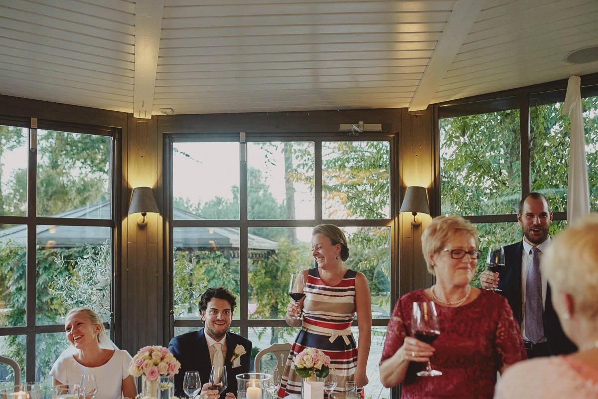 villa park wisełka - pierwszy toast