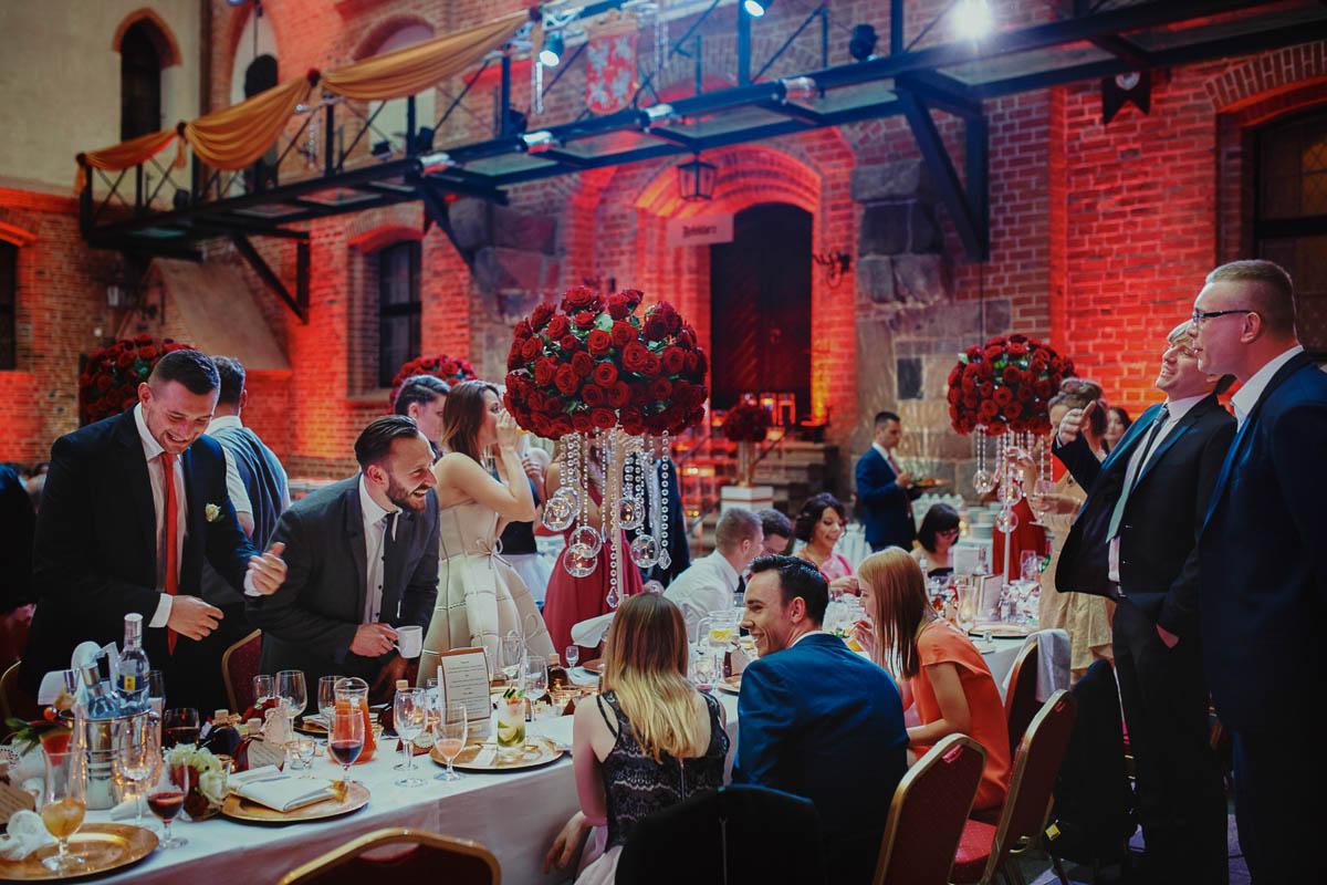 zamek gniew wesele - emocje na weselu