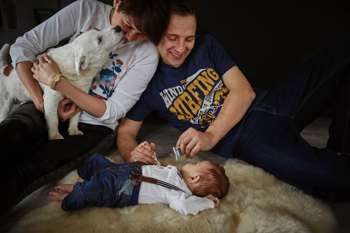 sesja rodzinna Świnoujście - dziecko z rodzicami