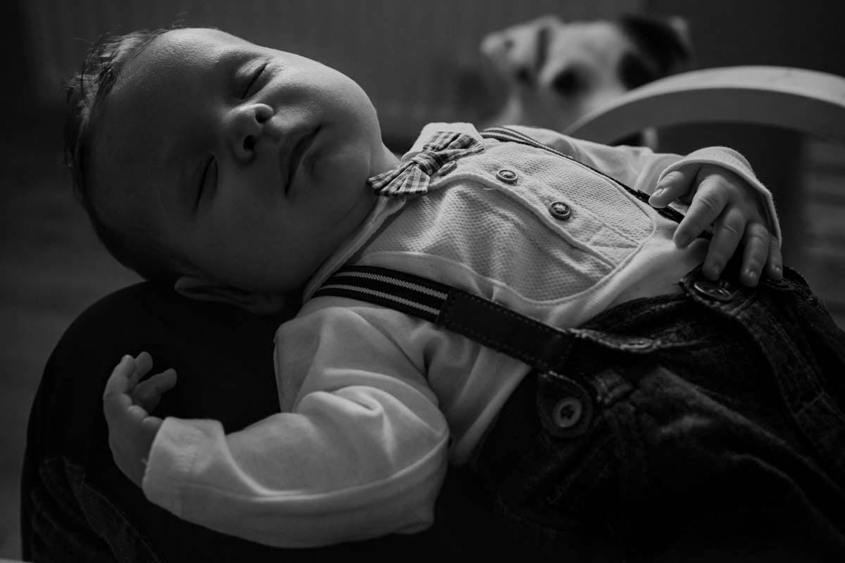 sesja rodzinna Świnoujście - dziecko śpiace