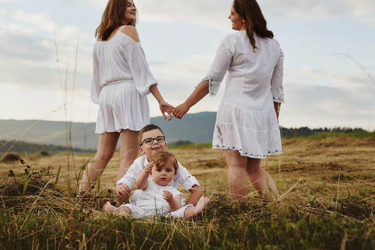 sesja rodzinna w górach - dzieci z mamą