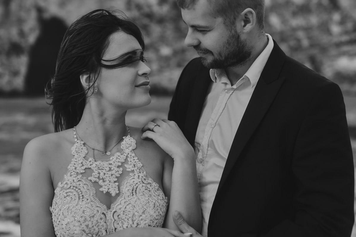 zdjecia ślubne malta - spojrzenie w oczy