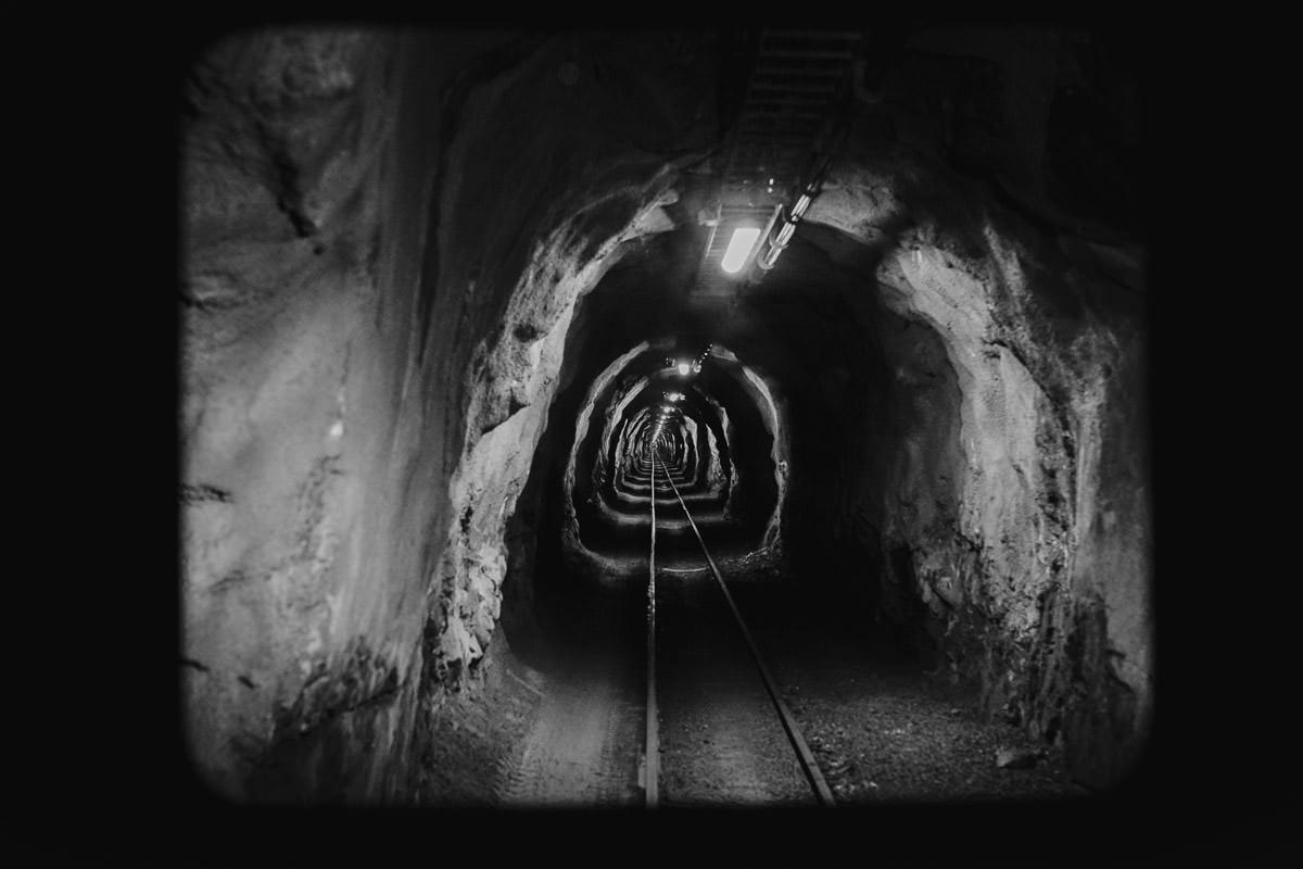 tunel kolejki na szczyt