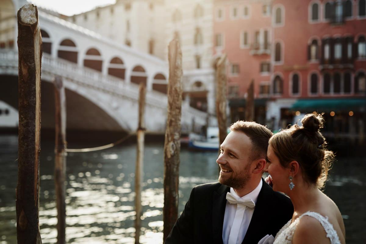 Para Młoda na sesji w Wenecji