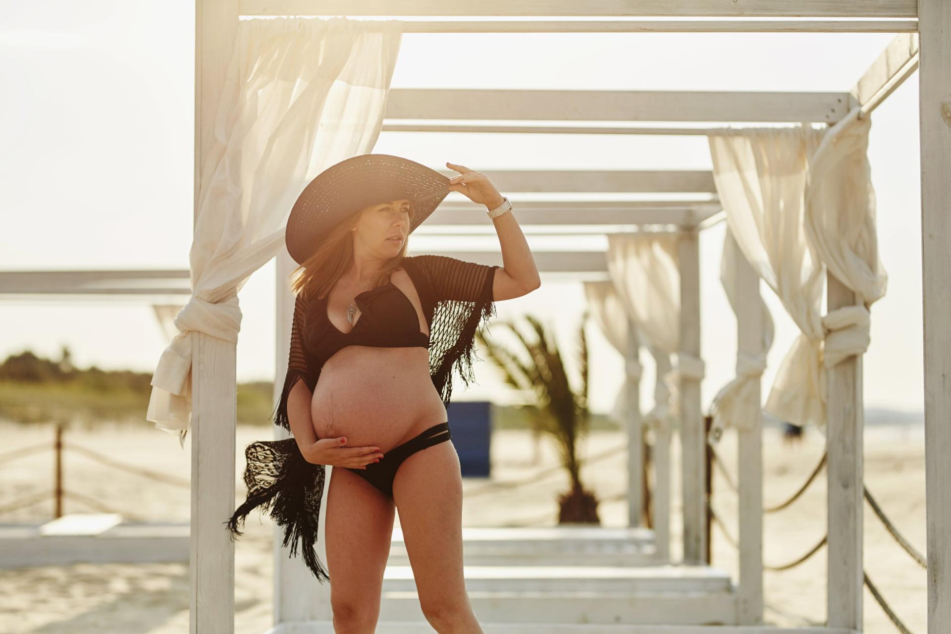 sesja ciążowa w stylu glamour