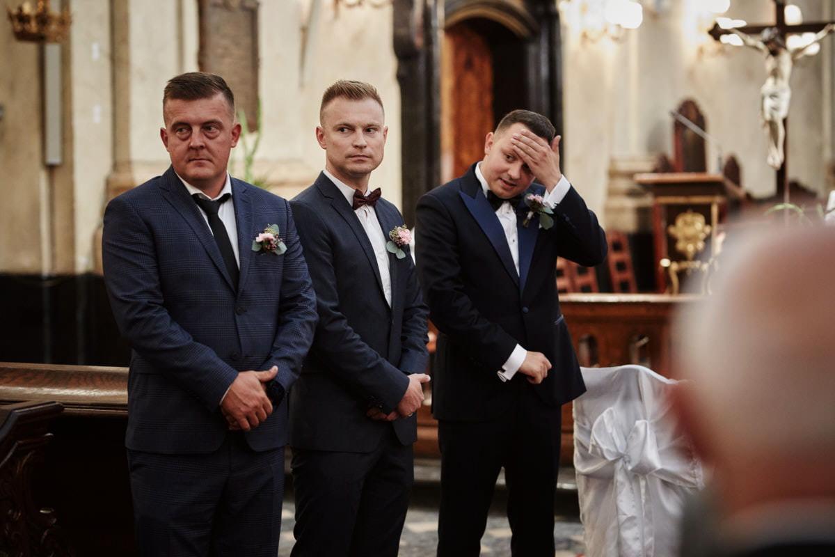 Pan Młody i świadkowie - fotografia ślubna