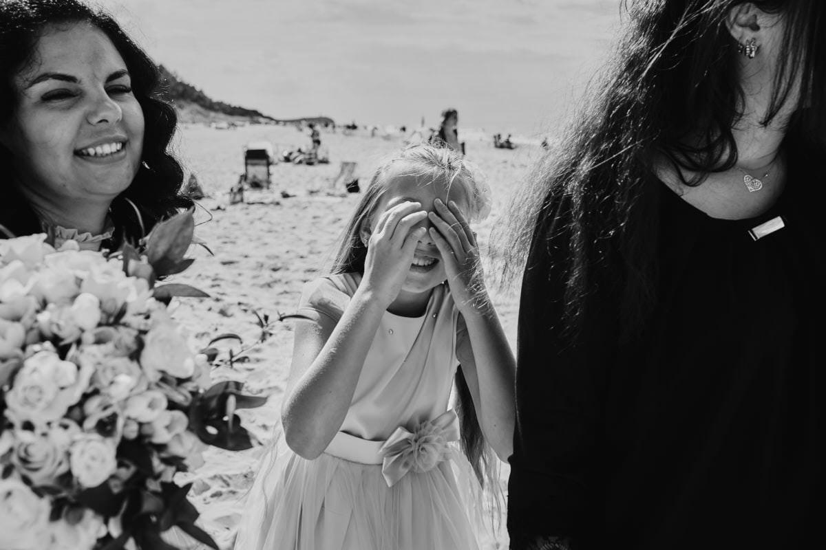ślub na plaży latem - fotograf ślubny Poznań