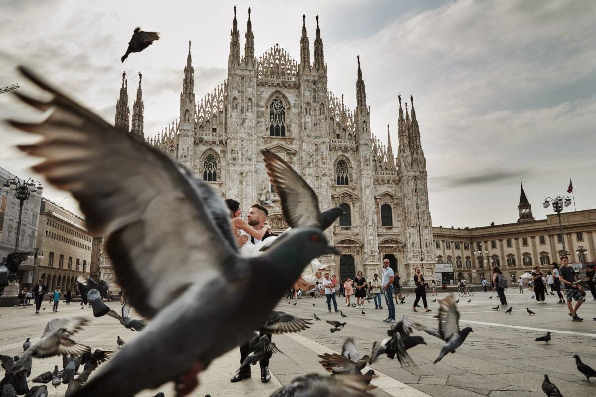 plener ślubny Mediolna - Katedra Duomo