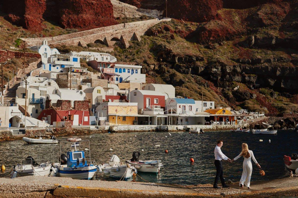 Santorini plener nad zatoką
